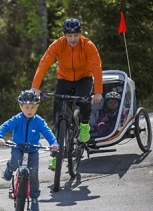 Action_Outback-bicycle-trailer_family