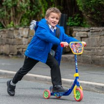 2020.07.16 Primrose Hill boy blue jacket on scooter